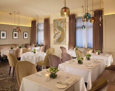 Taj51 Kona Restaurant h