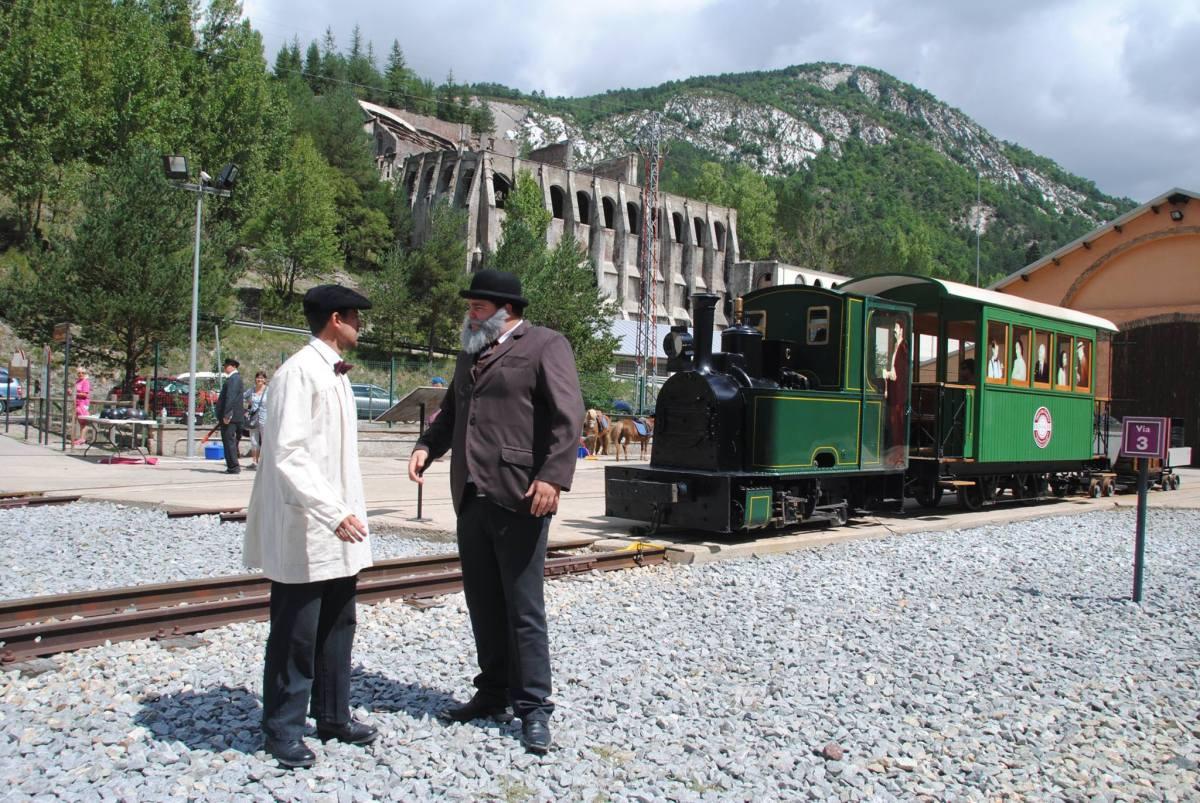 El Tren del cemento Visita teatralizada Antonio Gaudí