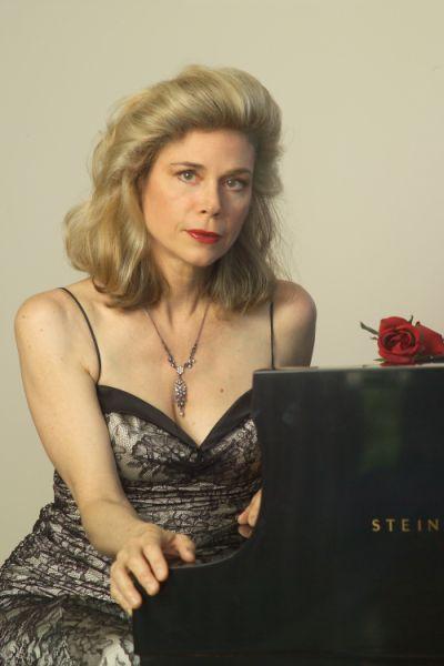 Sally Christian (Piano) - Short Biography