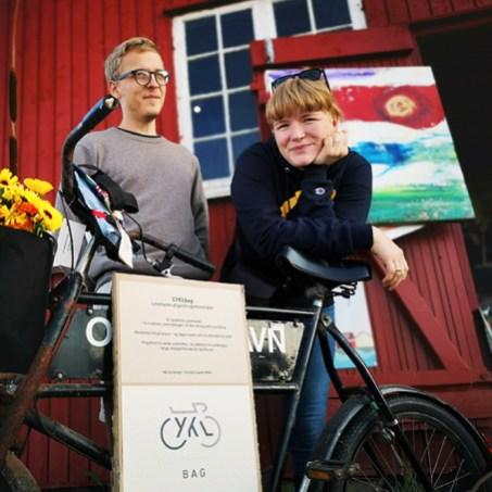 Grafiske designere Kristian Bache Ruud og Zenia Jørgensen