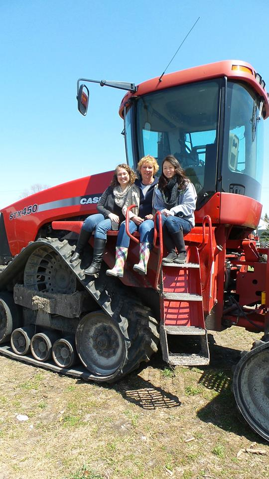 tractor chicks