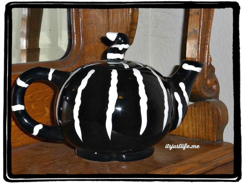 cat teapot2