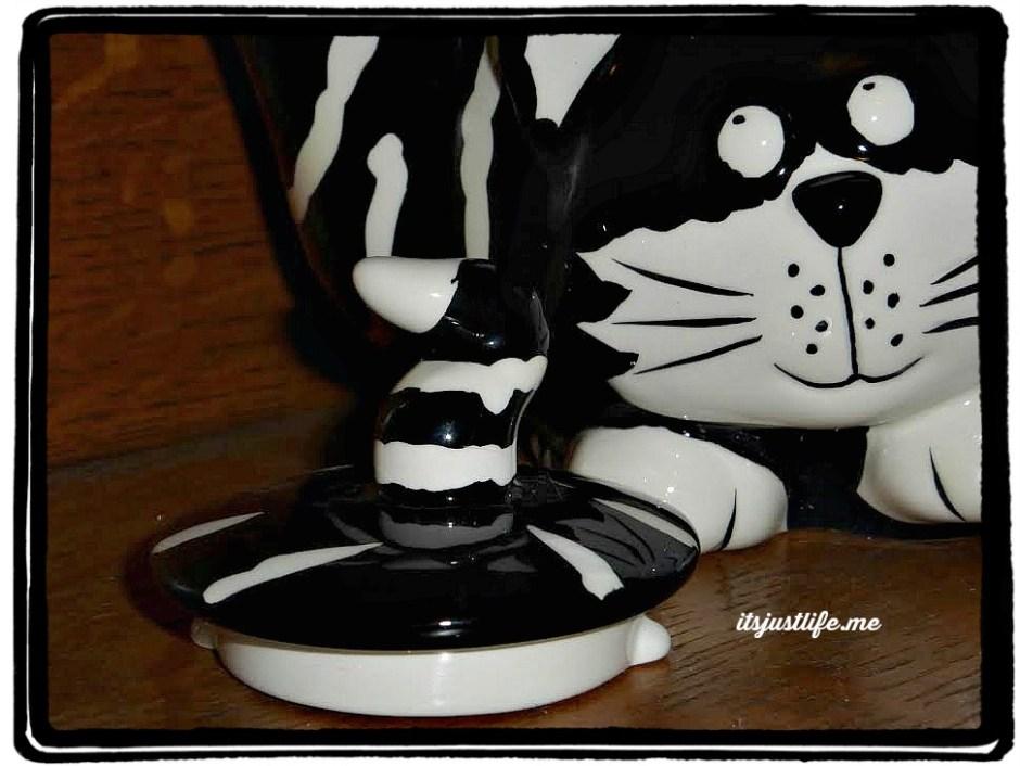 cat teapot3