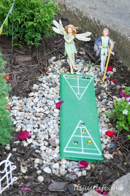 Shuffleboard is a big thing in Lakeside and this fairy garden had it covered.