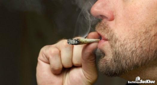 Không nên hút thuốc