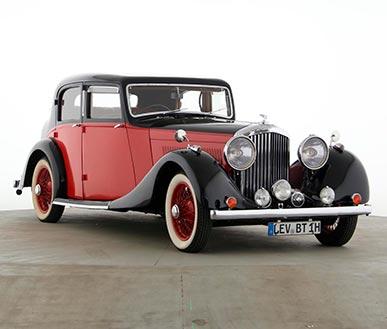 360-Grad-Ansichten von Bentley-32