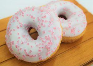 2 Donuts Berries 21