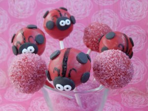 Ladybug Cakepops 4