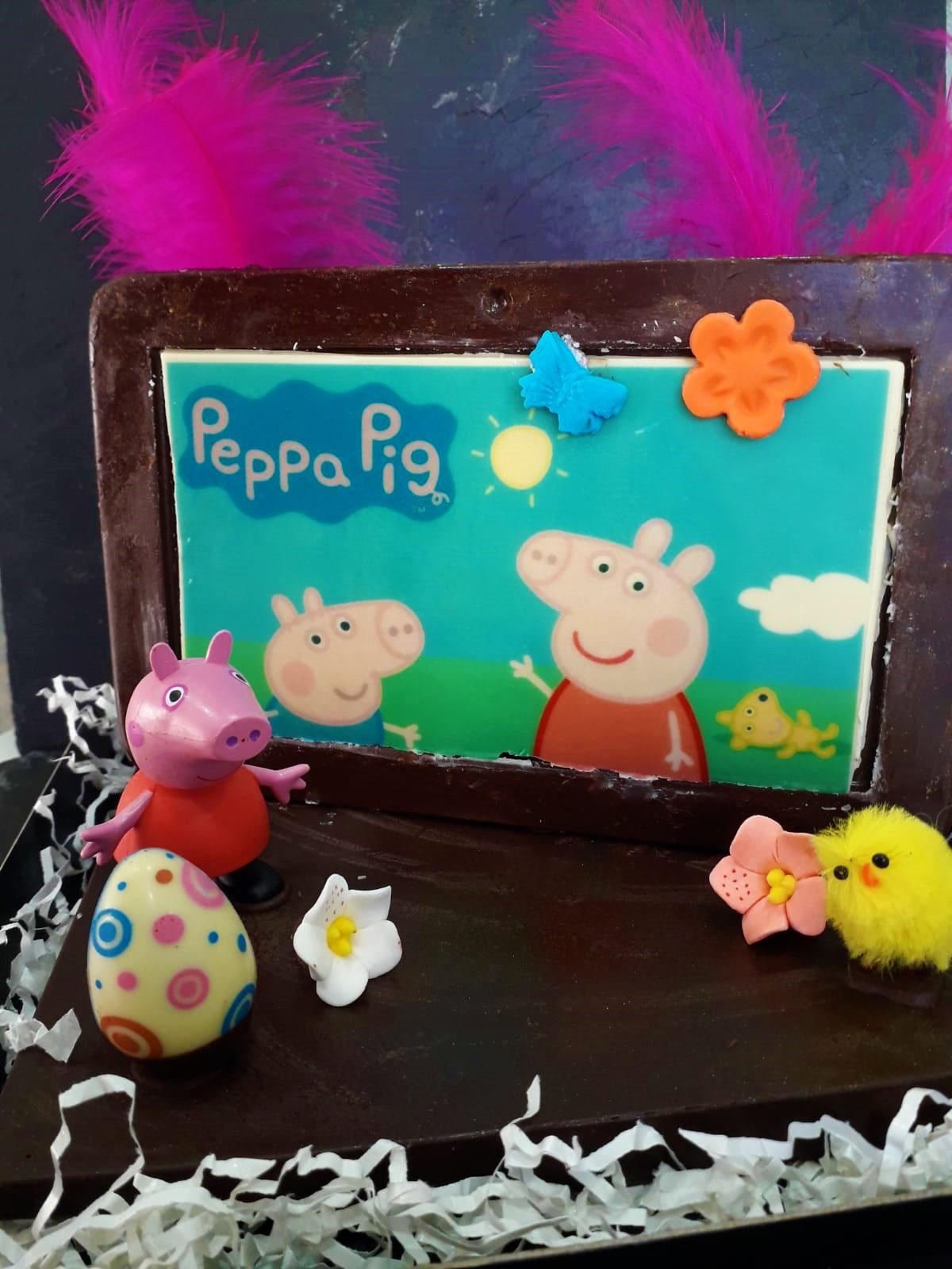 Mona Peppa Pig