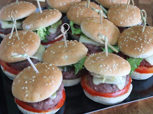 Mini hamburguesas de ternera (12 unidades) 23