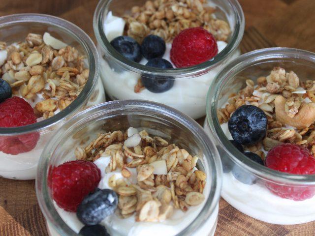 Yogurt Parfait (10 unidades) 30