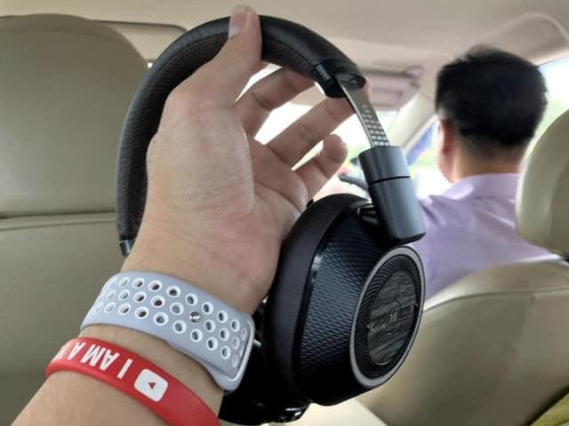 รีวิว Plantronics BackBeat Pro 2 หูฟังไร้สายที่ฉลาดและเสียงดี - IMG 1960  2 - รีวิว Plantronics BackBeat Pro 2 หูฟังไร้สายที่ฉลาดและเสียงดี