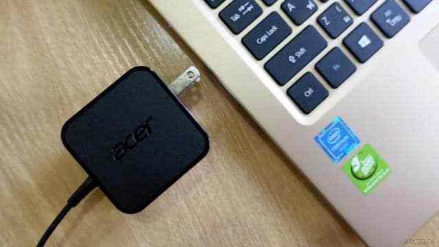 - DSC02712  2 - รีวิว Acer Swift 1 โน๊ตบุ๊คขนาดพกพา ราคาหมื่นต้นๆ ที่ได้จอ IPS และ SSD