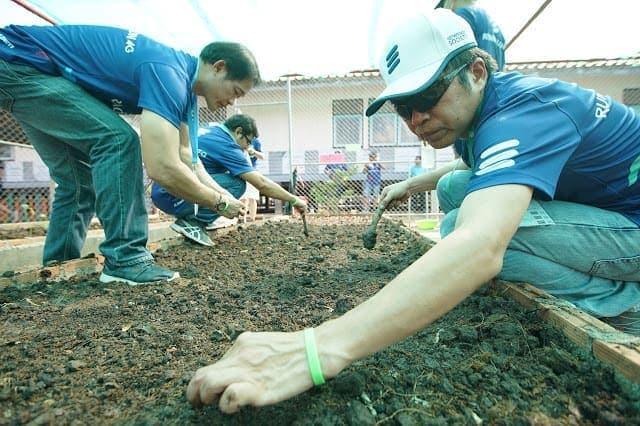 - อีริคสัน ประเทศไทยจัดกิจกรรมให้บริการเพื่อสังคม ณ โรงเรียนวัดบ้านเขาแหลม อำเภอชัยบาดาล จังหวัดลพบุรี