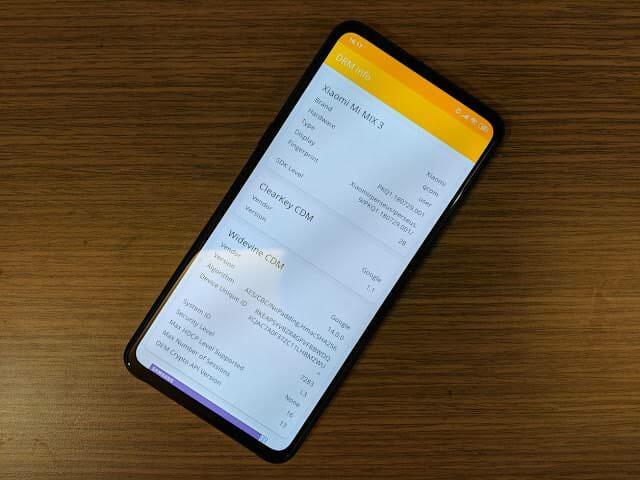 - IMG 20190214 161750 - รีวิว Xiaomi Mi MIX 3: สเปกโหดสะใจ จอไร้ขอบไร้ติ่งเต็มตา วัสดุเซรามิกหรูหรา ในราคา 18,999 บาท