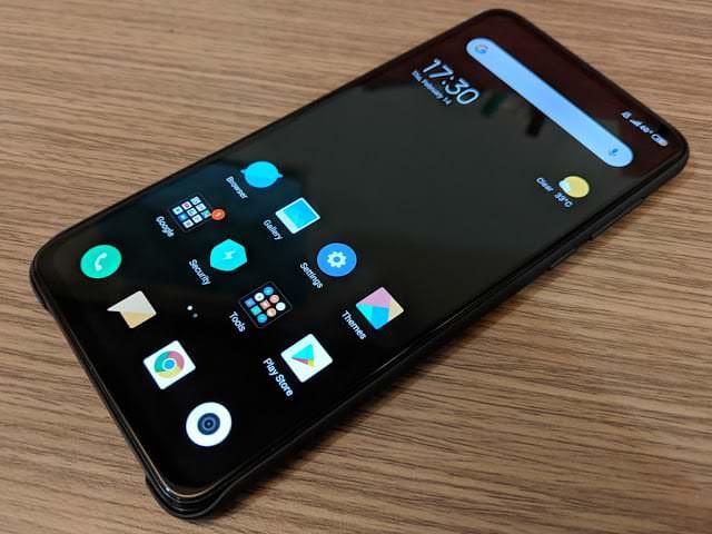 - IMG 20190214 173052 - รีวิว Xiaomi Mi MIX 3: สเปกโหดสะใจ จอไร้ขอบไร้ติ่งเต็มตา วัสดุเซรามิกหรูหรา ในราคา 18,999 บาท