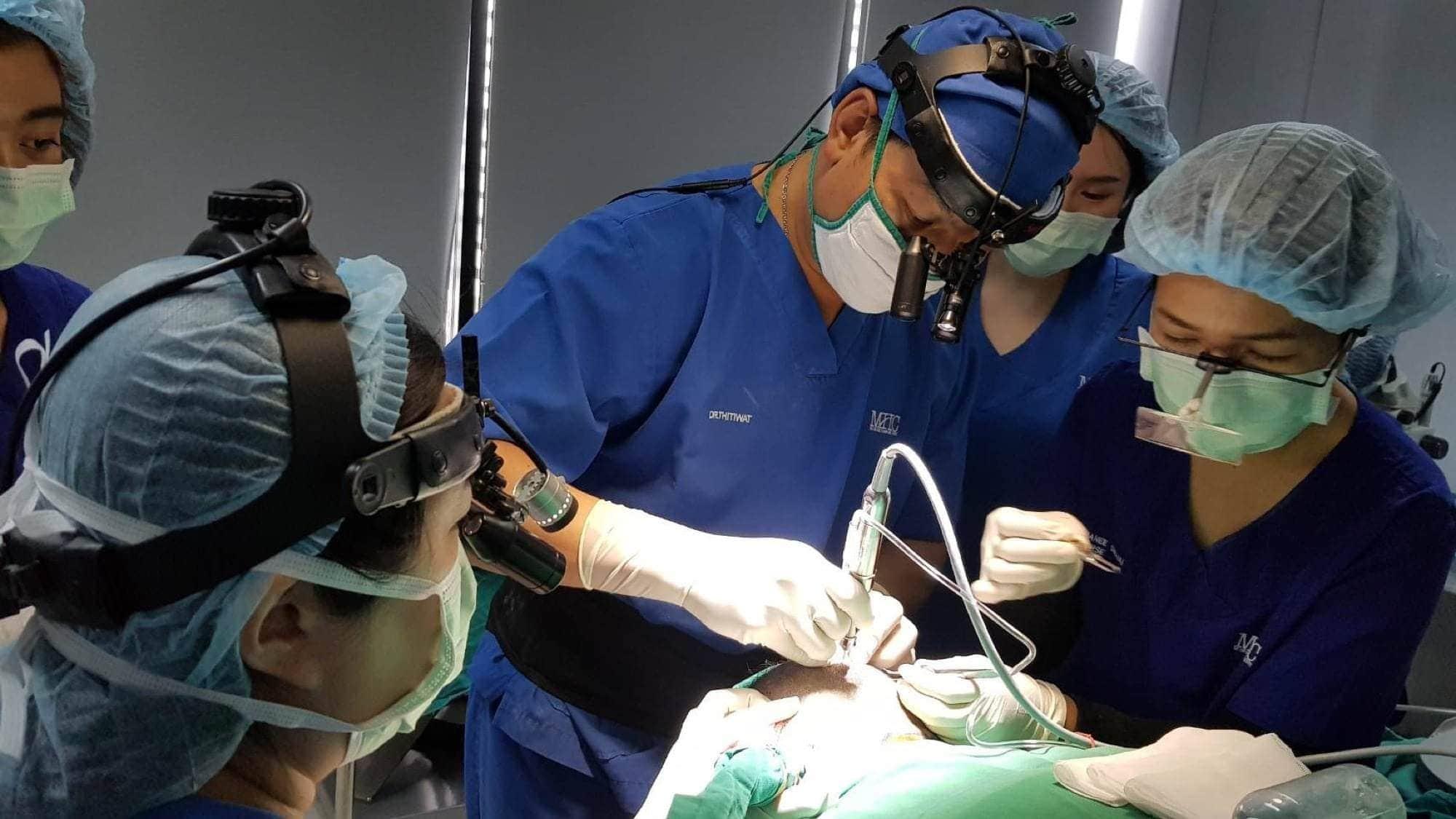 รีวิวการปลูกผม กับเรื่องราว ณ วันผ่าตัด 13