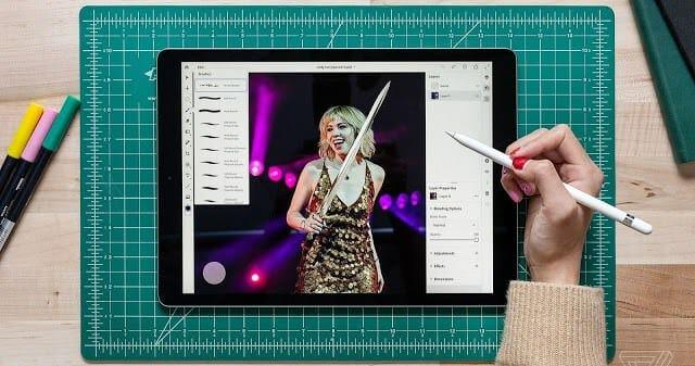 Photoshop CC เวอร์ชัน iPad เปิดลงทะเบียนรับเวอร์ชัน Beta แล้ว - akrales 181012 3024 0062 crop 2 - Photoshop CC เวอร์ชัน iPad เปิดลงทะเบียนรับเวอร์ชัน Beta แล้ว