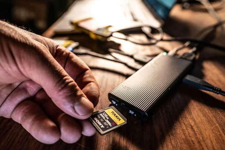 Hub อารยธรรม USB-C hub จาก Sony รองรับ USB-PD 100W ส่งข้อมูลสูงสุด 1,000 MB/s 3