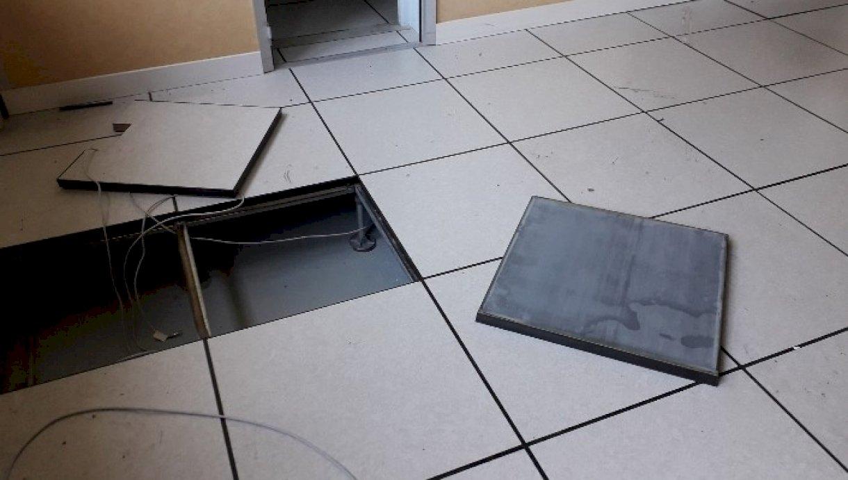 dalle de faux plancher technique 60x60