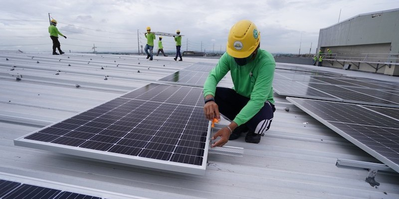 SM City Bacoor solar rooftop installed by Green Heat Corp. JPG