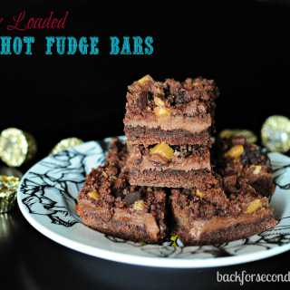 Fully Loaded Hot Fudge Bars #dessert #easy #fudge #peanutbutter #peanutbuttercups #chocoloate