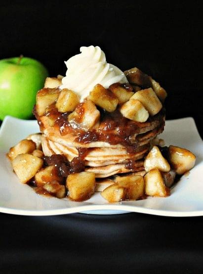 Apple-Pie-Pancakes