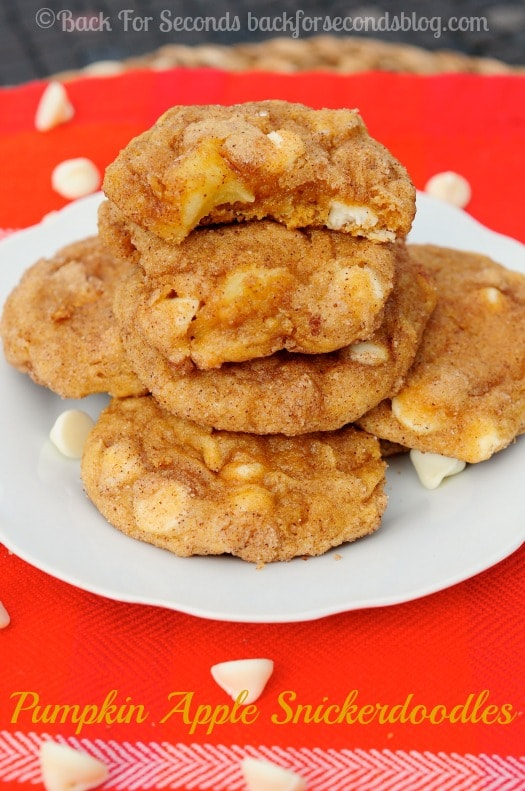 Apple Pumpkin Snickerdoodles - Perfectly soft and chewy. These are rididculously good!! #pumpkin #apple #falldessert