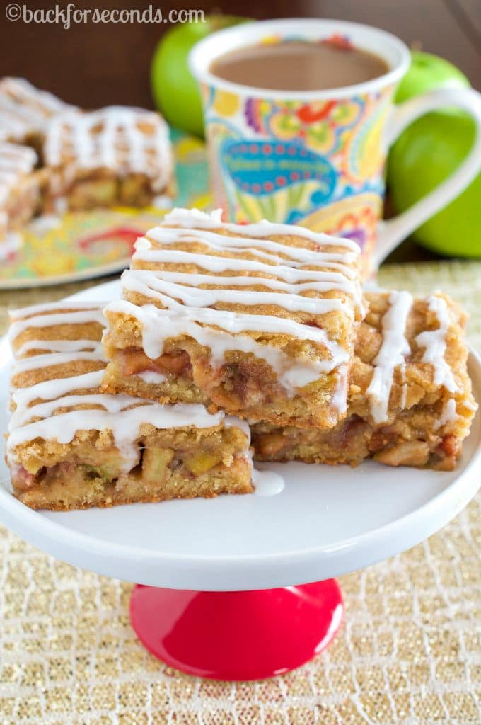 Snickerdoodle Apple Pie Bars - INCREDIBLE!