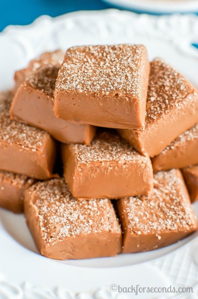 Easy Cinnamon Snickerdoodle Fudge Recipe