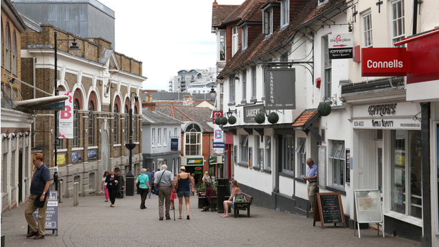 Shift to home working could cost 400,000 high street jobs