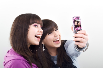 5 Cell Phone Safety Tips for Kids