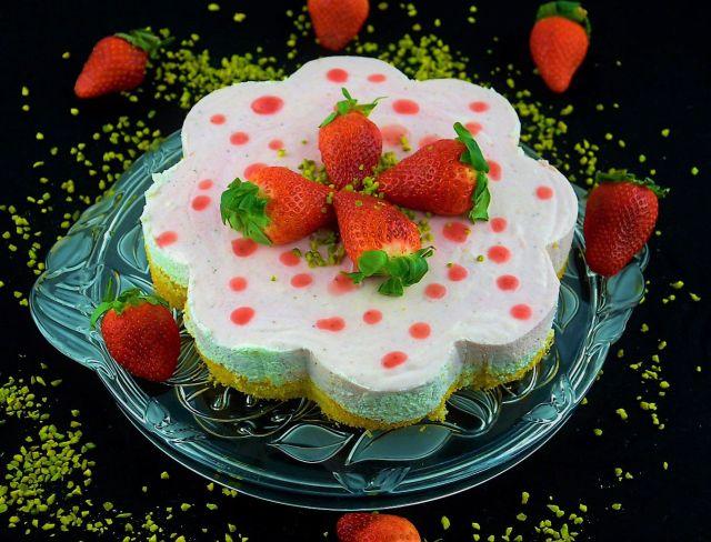 erdbeer-quark-sahne torte