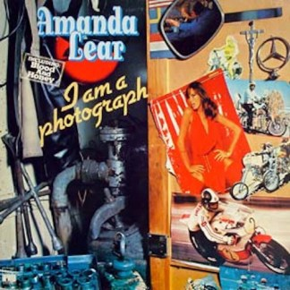 Amanda Lear I am a photograph