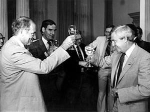 Trudeau-Lougheed-toast