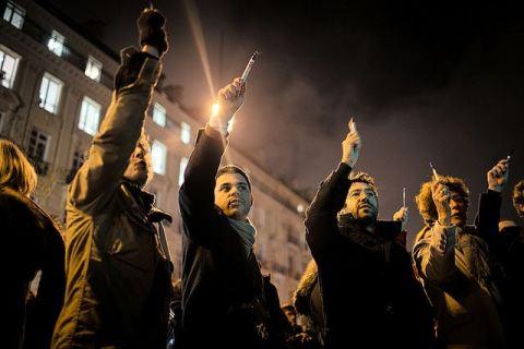 Pens held aloft at Charlie Hebdo rally