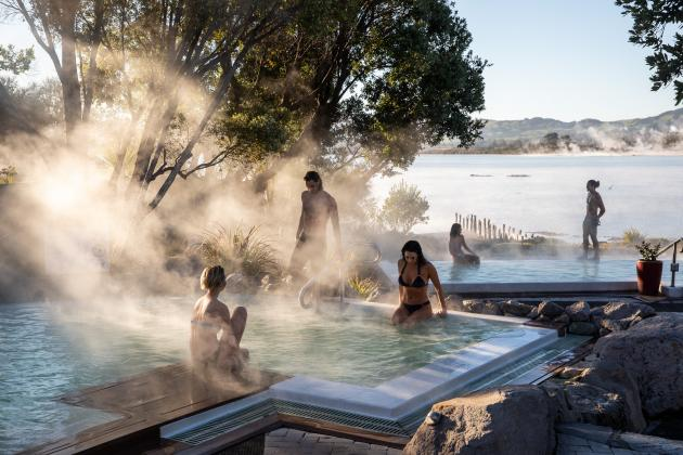 Hot springs / pools