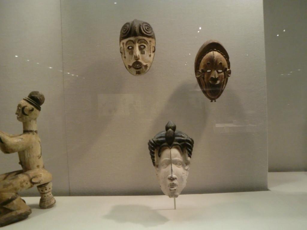 ニューヨークにあるメトロポリタン美術館は、フランスのルーブル美術館、ロシアのエルミタージュ美術館と並び世界3大美術館に数えられています。