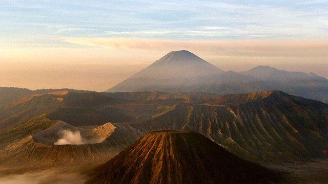 インドネシア旅行記(ブロモ山)【火の神が住む東ジャワ随一の景勝地】
