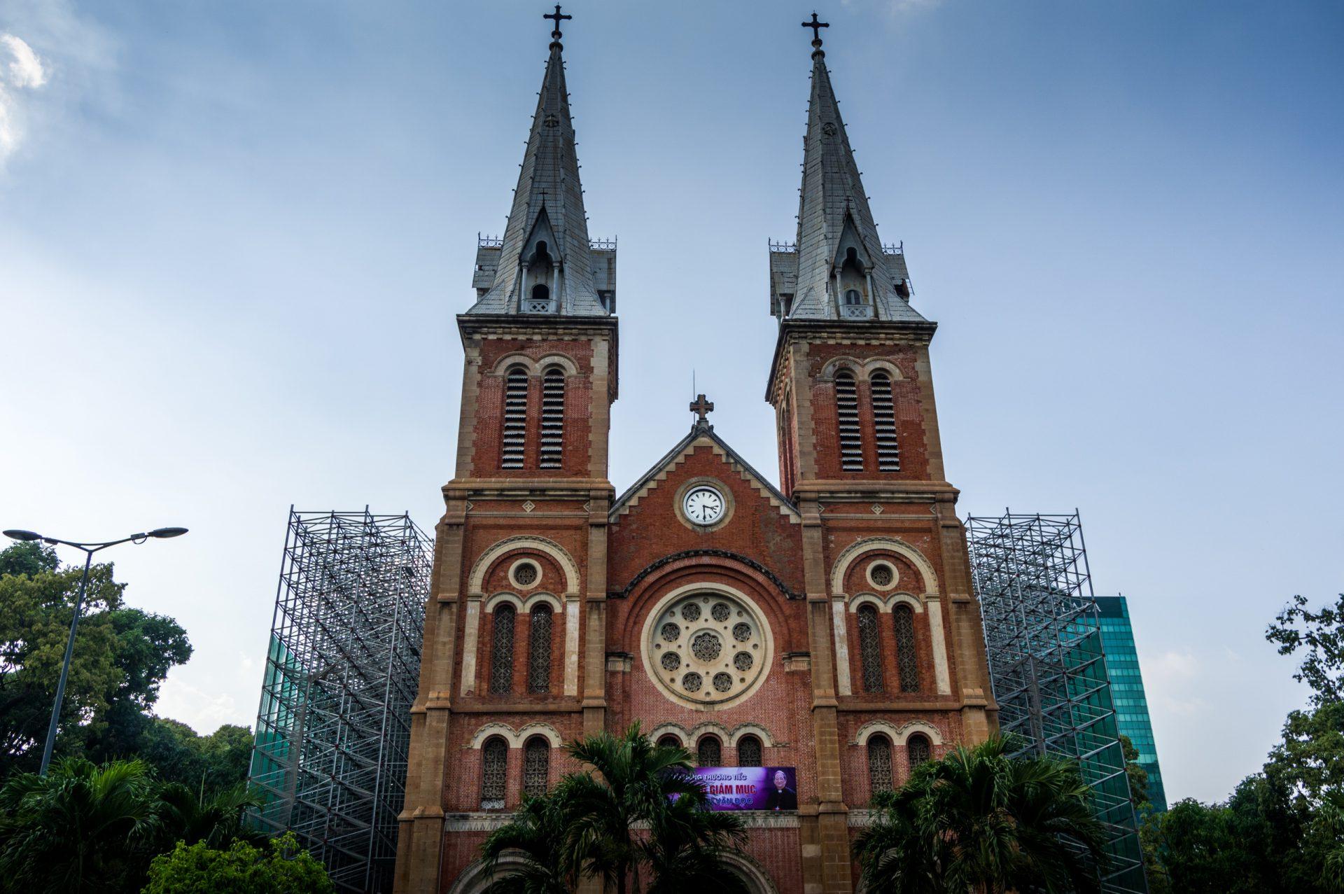 Leider Konnten Wir Die Bemerkenswerte Kathedrale Nicht Von Innen  Besichtigen, Da Grade Renovierungsarbeiten Auf Hochtouren Laufen. Während  Der Arbeiten Ist ...