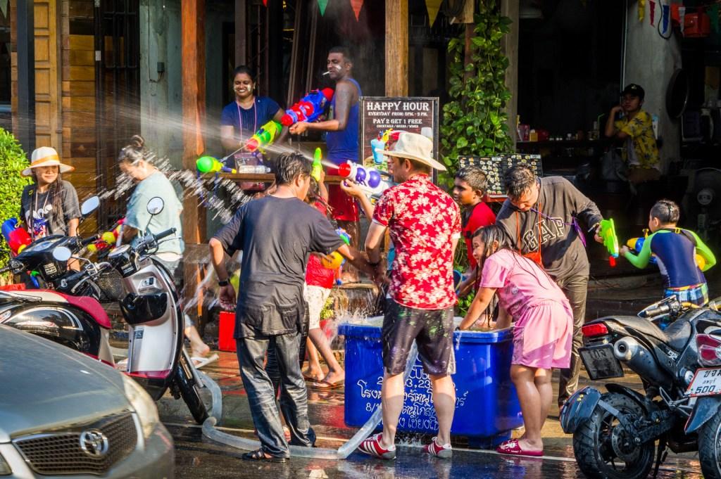 Songkran in Chiang Mai - Titelbild