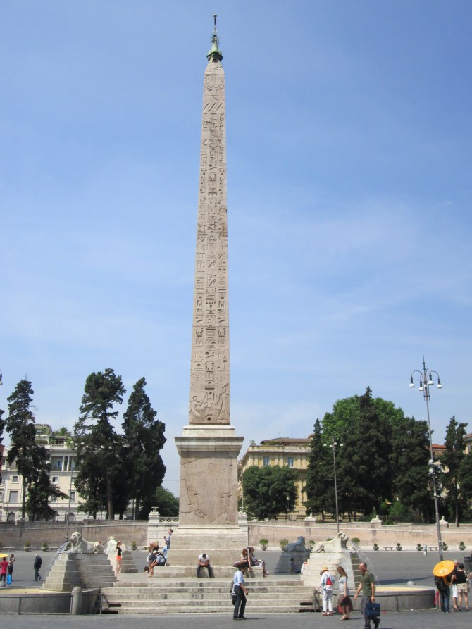 An Egyptian obelisk in the center of the Piazza del Popolo