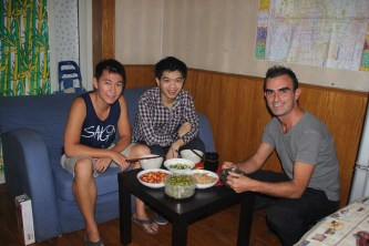 Lee cooked Phil & me a delicious meal at his place