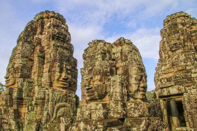 My 3-Day Angkor Wat Itinerary: Amazing Bayon Temple