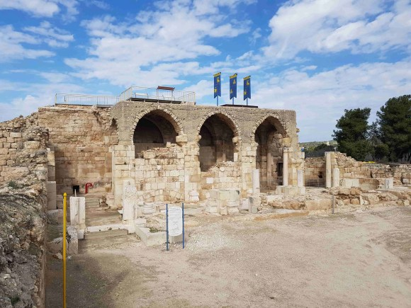 The Church and Mosque Under One Roof, or the Crusader Fortress in Beit Guvrin