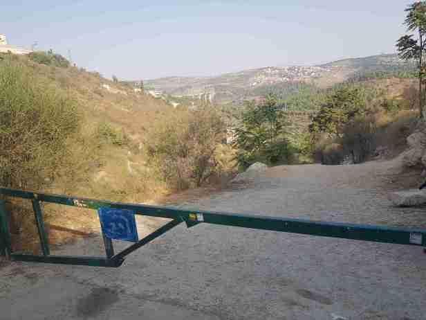 The trail to Lifta