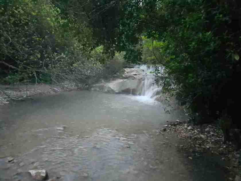 One of the waterfalls of HaShofet Stream on the Ramot Menashe Regional Trail
