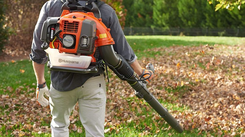 How to Choose Best Backpack Blower?