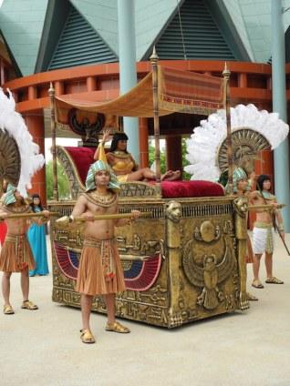 Cleopatra & Bodyguards