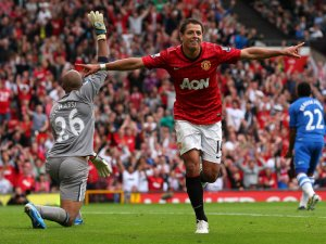 Javier Hernández should leave Manchester United
